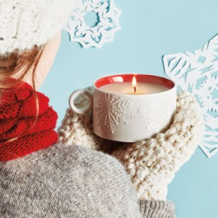 Hot-Cocoa-Dark-Chocolate-Mug-Candle-0590532307-Alt1-360